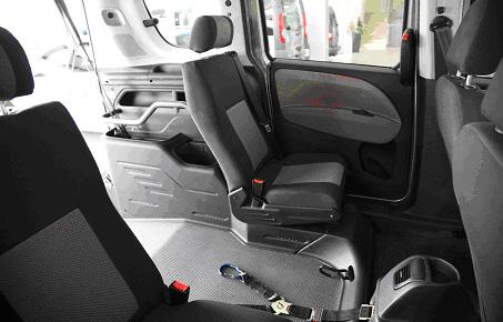 Fiat Doblò 263 Rollstuhlplatz Innenansicht 2